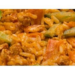 Sałatka ryżowa z kurczakiem smażonym