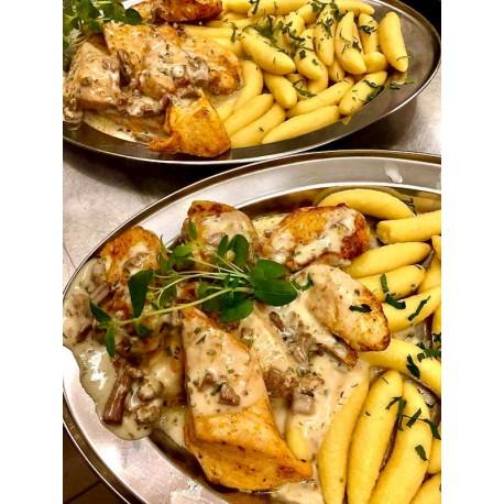 Filet z kurczaka w sosie grzybowym